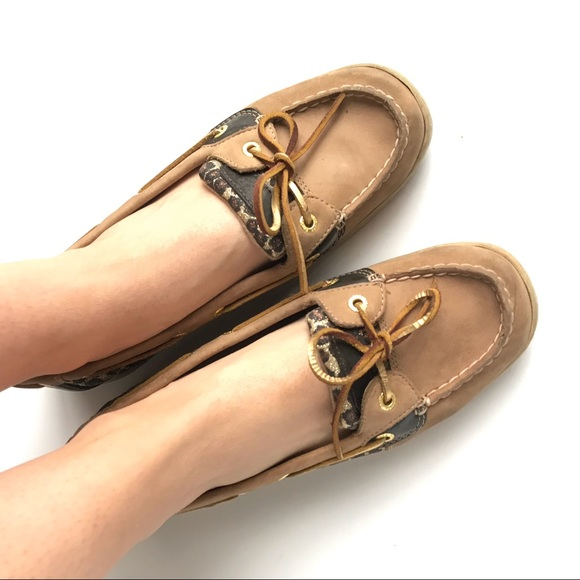 52508a2e96e Sperry Top-Sider Leather Animal Print Boat Shoes. M 5c6c9cb25c4452ca7f7fbc41